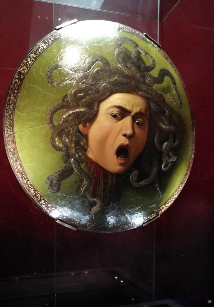 Medusadi Caravaggio - Uffizi con Musement
